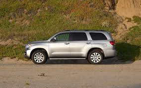 2011 Toyota Sequoia Reviews and Rating | Motor Trend