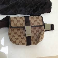 gucci fanny pack. authentic gucci unisex fanny pack