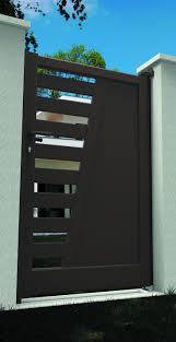 Les 19 Meilleures Images Du Tableau Portails Et Portillons Portillon Aluminium Sur Mesure Portillon Contemporain En Alu Ajoure En Forme De V L