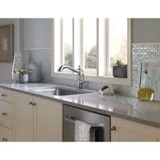Older Delta Kitchen Faucets Delta Faucet 4197 Ar Dst Cassidy Arctic Stainless Pullout Spray