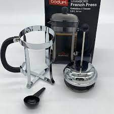 (remember in coffee manufacturerrs' lingo, a cup may be only 4 or 5 ounces, and mugs usually hold 10 to 14+!). Bodum Chambord French Press Coffee Maker 1 Liter 34 Ounce Chrome For Sale Online Ebay