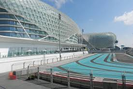 Besides creations by the famous italian car manufacturer, fans will find a driving experience and karting academy, a 300,000 m² shopping centre and a marina with 600 moorings. Abu Dhabi Ferrari World Entry With Return Transfers From Dubai Dollar