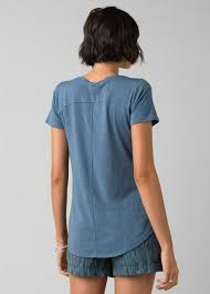 Foundation <b>Short Sleeve V-neck</b> | prAna