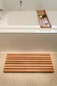 Cedar Bath Mat and Bath Caddy Set