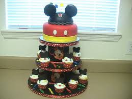 Mickey Mouse Cupcake Birthday Cake Classic Style Mickey Mouse