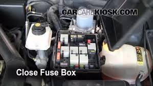 replace a fuse 1999 2009 saab 9 5 2005 saab 9 5 arc 2 3l 4 cyl 6 replace cover secure the cover and test component