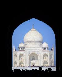 the taj mahal a photo essay tips ticker eats the world taj mahal first look when the beauty hits you slightly but the grandness