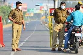 Fears of a third lockdown were sparked on friday morning after the state recorded five cases on thursday in relation to the breaking: Lockdown In West Bengal Total Shutdown To Be Clamped In This City For 7 Days From Tomorrow Only Essentials Allowed