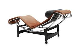 lc4 pony lounge chair by le corbusier for cassina 1960s original le corbusier lounge chair