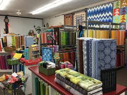 Quilt Shop Review – Show-Me Quilting, Raytown, Missouri | Pink ... & This shop is in an otherwise depressed looking strip mall, but don't let  the outside environment fool you. The shop takes up two stores, with  separate ... Adamdwight.com