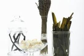 Decorative Things To Put In Glass Jars What To Put In A Clear Jar Or Vase On The Mantel Home Guides 96