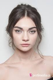 Dolce Gabbana Frisur Zum Ausprobieren In Efrisuren