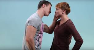 watch lesbians try kissing men and it s as awkward as you think lesbians tried out kissing men