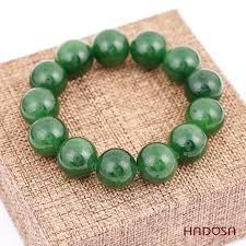 Giữa Ngọc và đá - cái nào tốt cho sức khỏe người đeo?