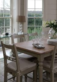 suffolk dining table detail4