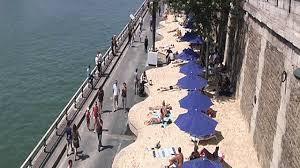 شاطئ رملي ضفاف السين باريس