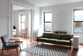 green sofas living rooms. image: green sofas living rooms