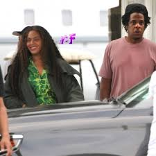 Beyoncé & Jay-Z Arrive In The Hamptons With Michelle Williams ...