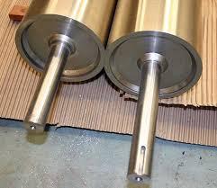 2005 10 30 press parts 600 detail roller ends 7569 jpg