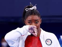 Simone Biles rejects a long tradition ...
