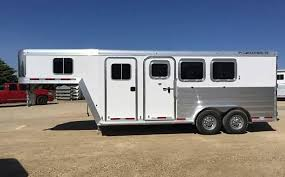 home featherlite horse and livestock trailers 1