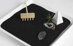 diy zen garden themerrythought
