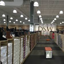 Dsw Designer Shoe Warehouse Home Office Columbus Oh Dsw Continues To Expand Across Canada News Distribution