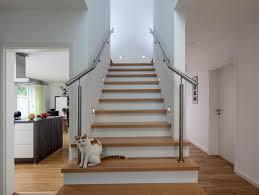 Welcher raum steht zur verfügung? Das Architekturwunder Treppe Baumeister Haus