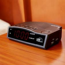 conair wcr14 alarm clock radio with usb charging port image preview