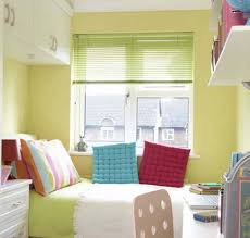 Light Yellow Bedroom Best Color For Small Rooms Light Yellow Bedroom With Green Blinds