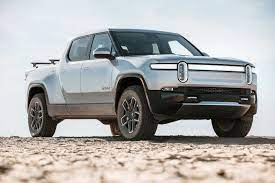 Comparing the Rivian R1T Against Rival ...