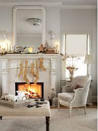 Elegant Christmas Country Living Room Decor Ideas_11