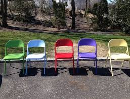 spray paint metal folding chairs