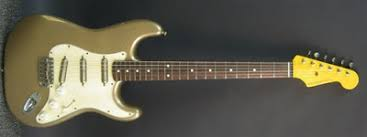 a strat for friday 127 nash s 63 shoreline gold stratocaster bill nash guitars are one of the best custom guitar values these days this shoreline gold duncan lipsticks goes for just under 1700 new w case