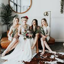 5 ideas for unique bridesmaid gifts that your bridal party will love