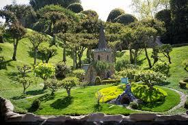 children garden. children garden r