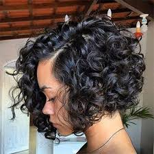 9curly side part bob