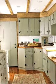 way paint kitchen cabinets antique pantry painting looking before and after make old look new retro old kitchen cabinets87