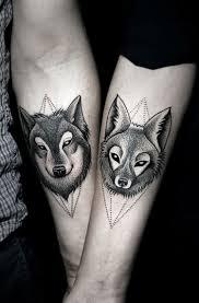 креативные парные татуировки для влюблённых 21 фото
