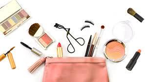 ultimate makeup guide makeup essentials holiday makeup guide honeymoon makeup essentials concealer foundation eye shadow vaseline