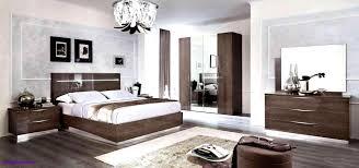 Elegante Ideen Schlafzimmer Lila Weis Fur In Violett 31