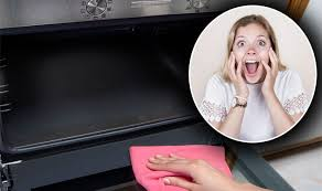 mum reveals incredible for cleaning an oven in just five minutes