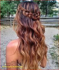 half up prom hairstyles for short hair half up half down prom hairstyles hairstyle haare fein