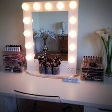 lighted makeup vanity table