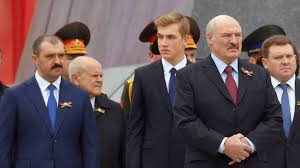 Александр лукашенко родился 30 августа 1954 года в городском посёлке копысь оршанского района. Aleksandra Lukashenko Yakoby Uberegli Ot Sudby Ahmata Kadyrova Mir Kommersant