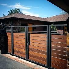 Poin pembahasan terpopuler 22+ desain pagar rumah minimalis adalah : 7 Tips Mewujudkan Pagar Elegan Yang Berkonsep Minimalis Voire Project