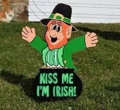 lawn art lawn stake irish leprechaun