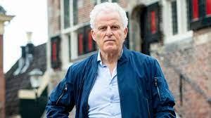 Grapperhaus has research into security Peter R. de Vries - Teller Report