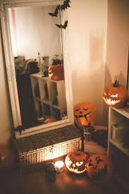 Decorate Your House For Halloween On Budget