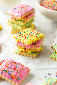 easy iced sugar cookies with royal
